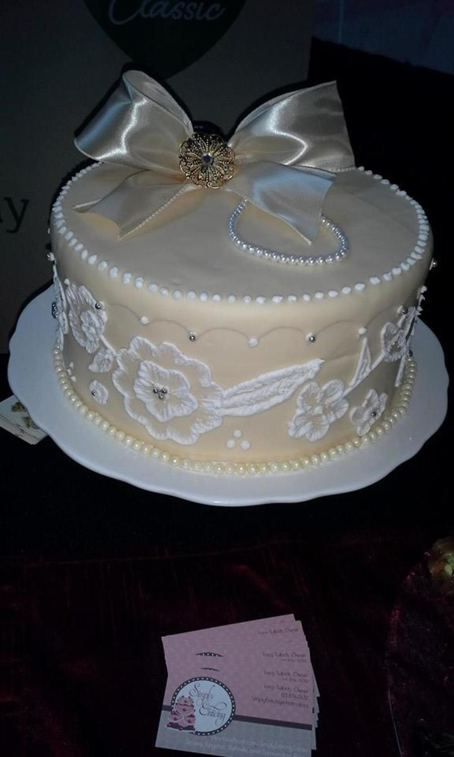 1 tier wedding cake recipes anniversary cake one tier wedding cake cakecentral 10094