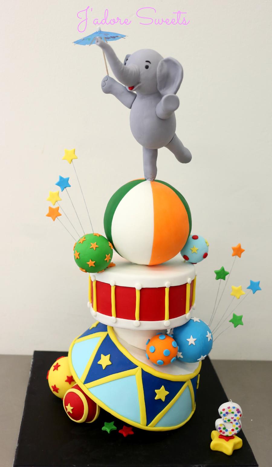 Topsy Turvy Circus Cake