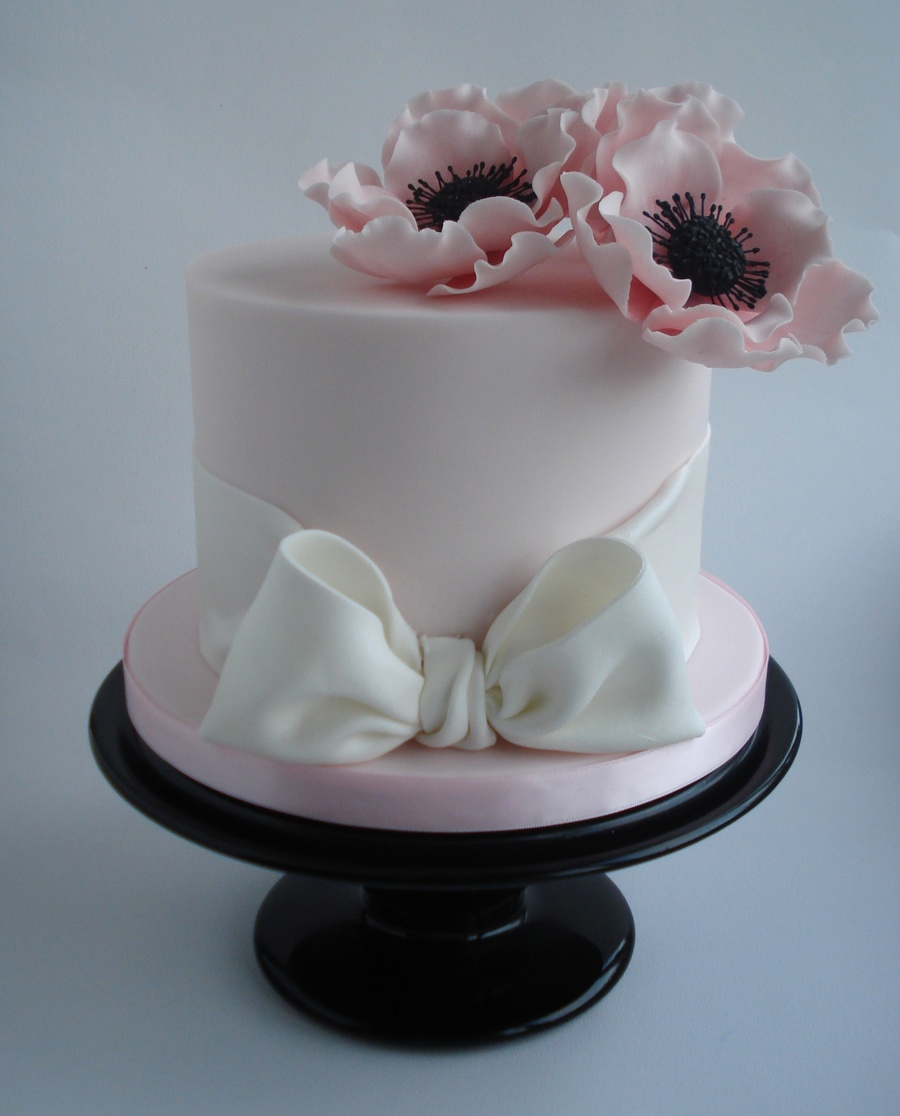 Pretty anemone flower cake x cakecentral pretty anemone flower cake x on cake central mightylinksfo Choice Image