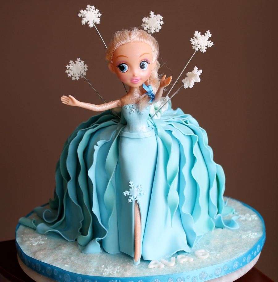 Frozen Inspired Birthday Cakes