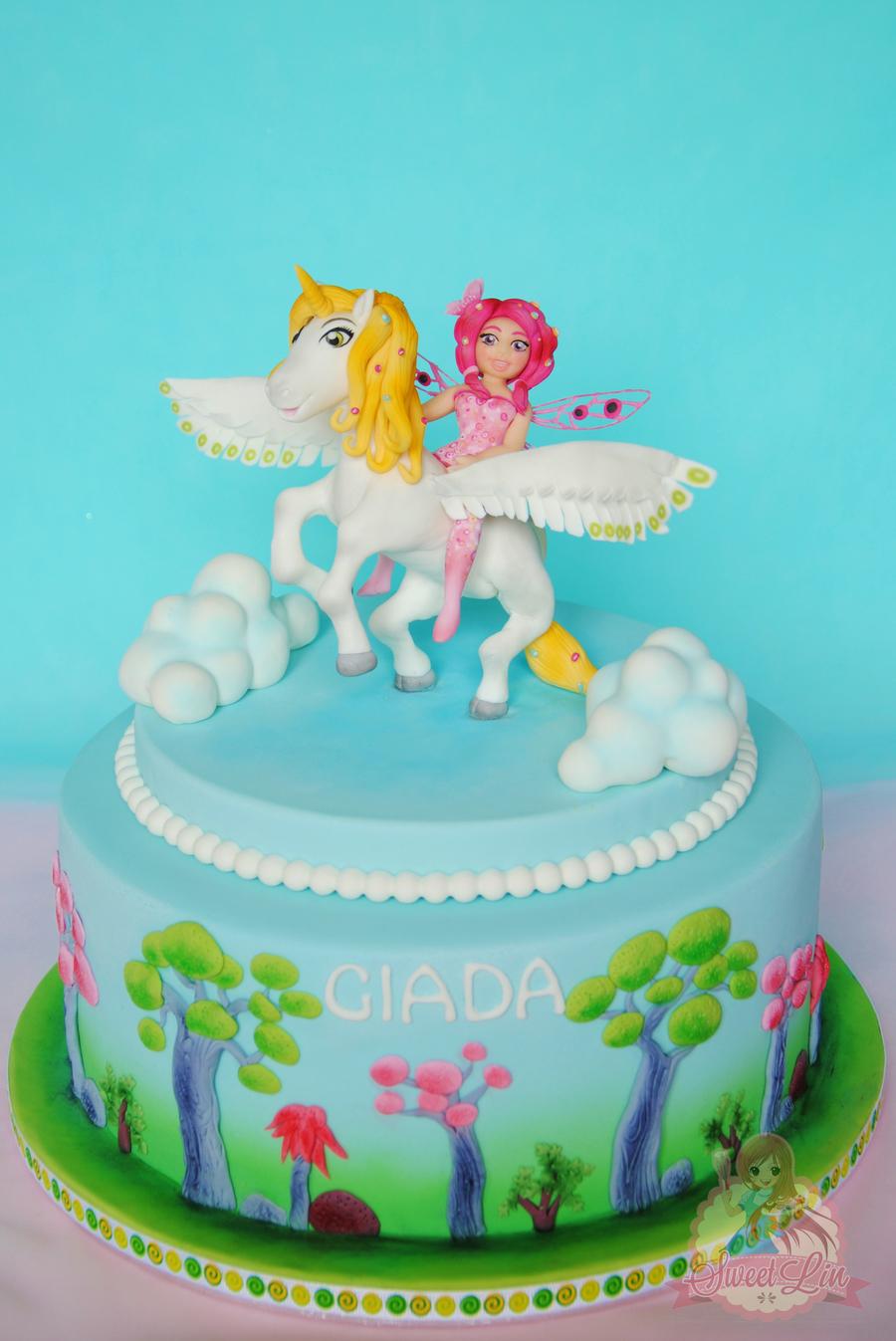 Cake Me Artinya : Mia And Me Cake - CakeCentral.com