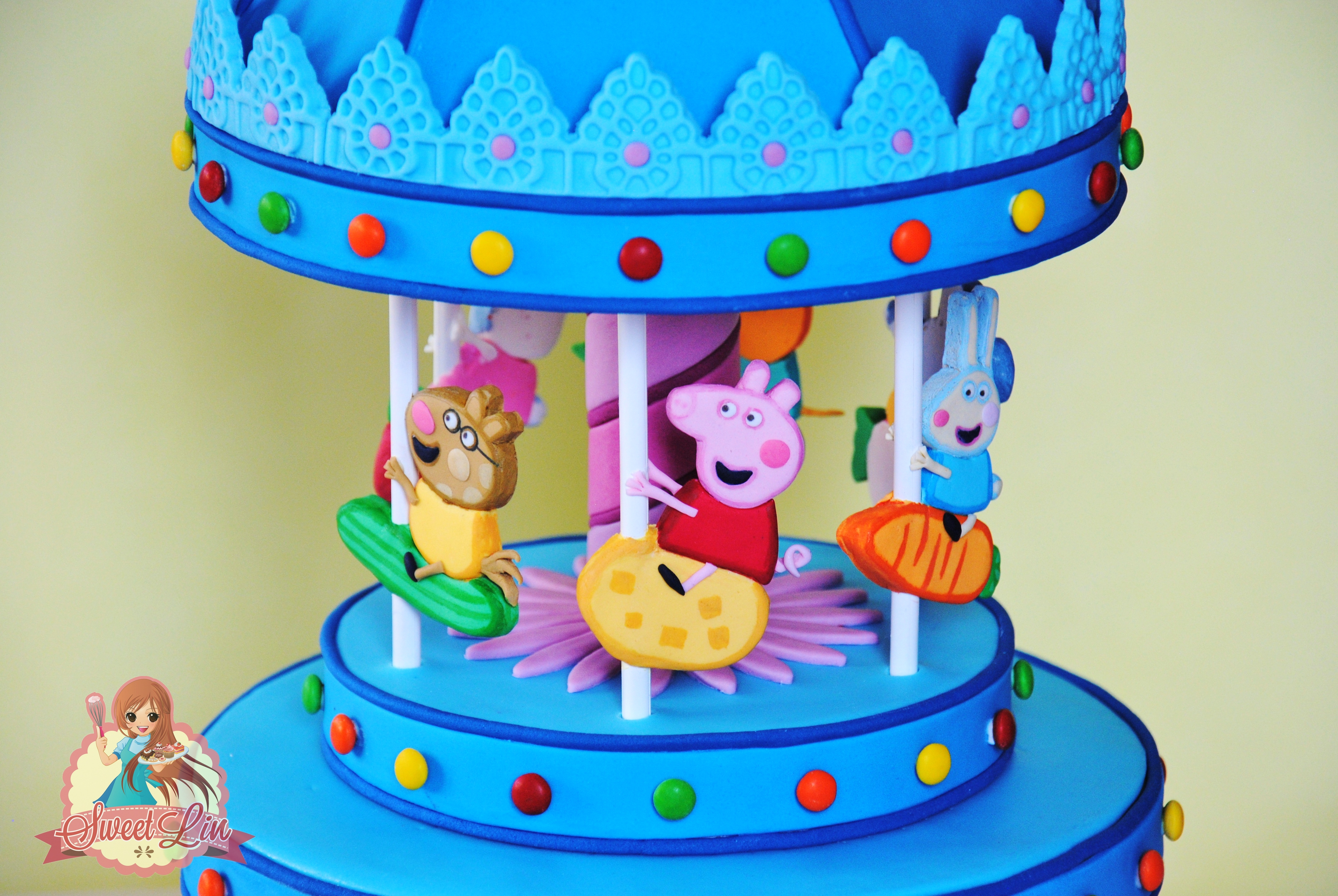 Finally Peppa Pigs Carousel Landed On The Cake I Made The