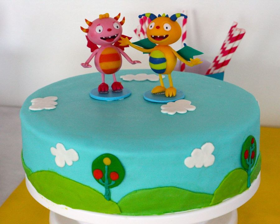 Henry Hugglemonster Birthday Cake For My Four Year Old Henry Amp