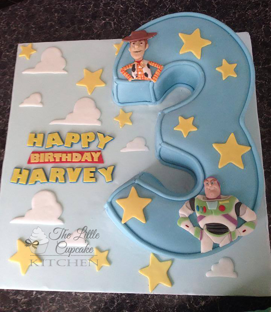 Buzz Lightyear Cupcake Cake