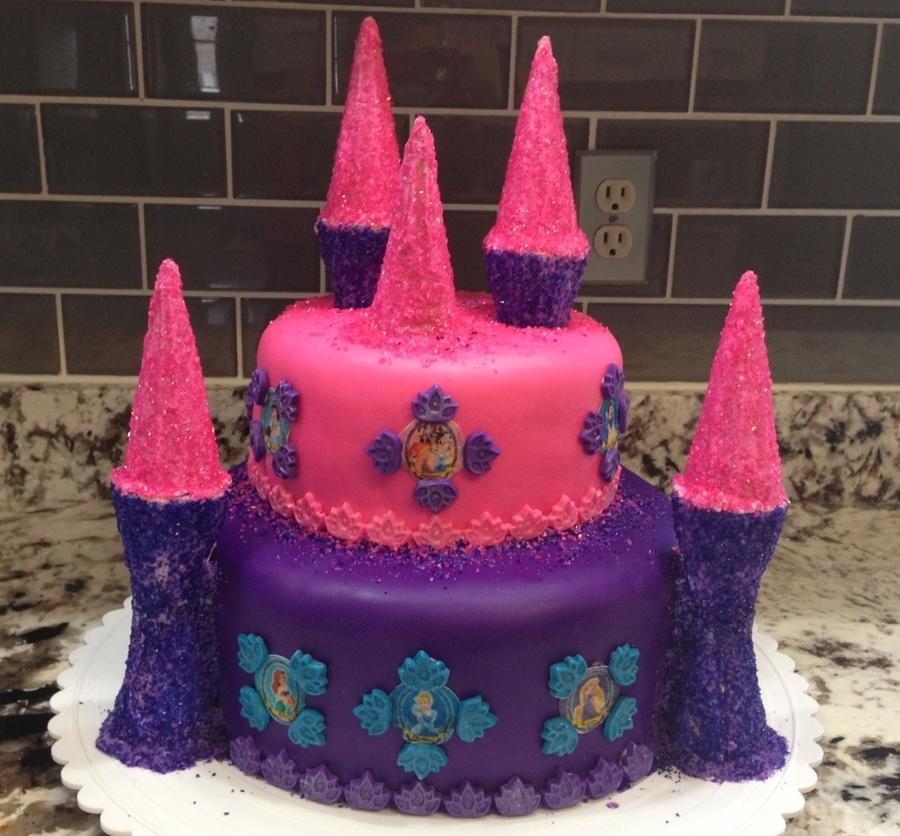 Cake Decorating Ice Cream Cones : Fondant W Icing And Sparkle Covered Ice Cream Cones ...