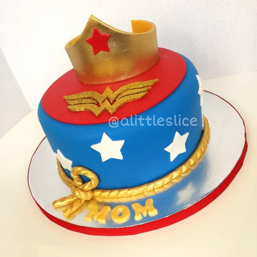 Wonder Woman Cake Cakecentral Com