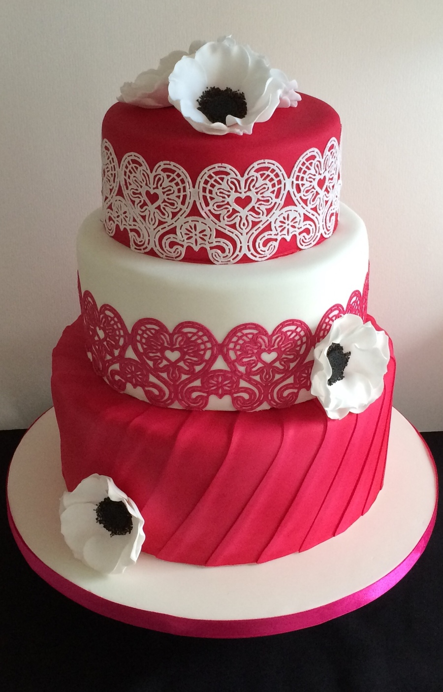 Hot Pink Cake Lace Amp Anemone - CakeCentral.com