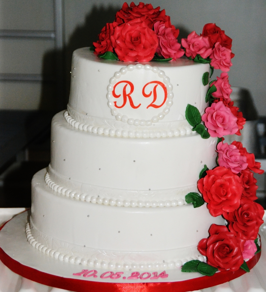 Wedding Cake Sorry About The Background I Couldnt Wait Until The ...