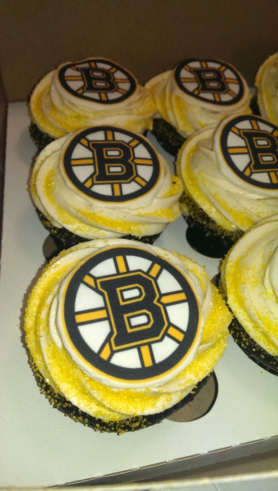 Boston Bruins Cupcakes on Cake Central