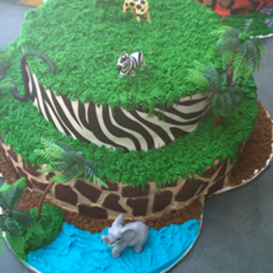 Zoopng on Cake Central