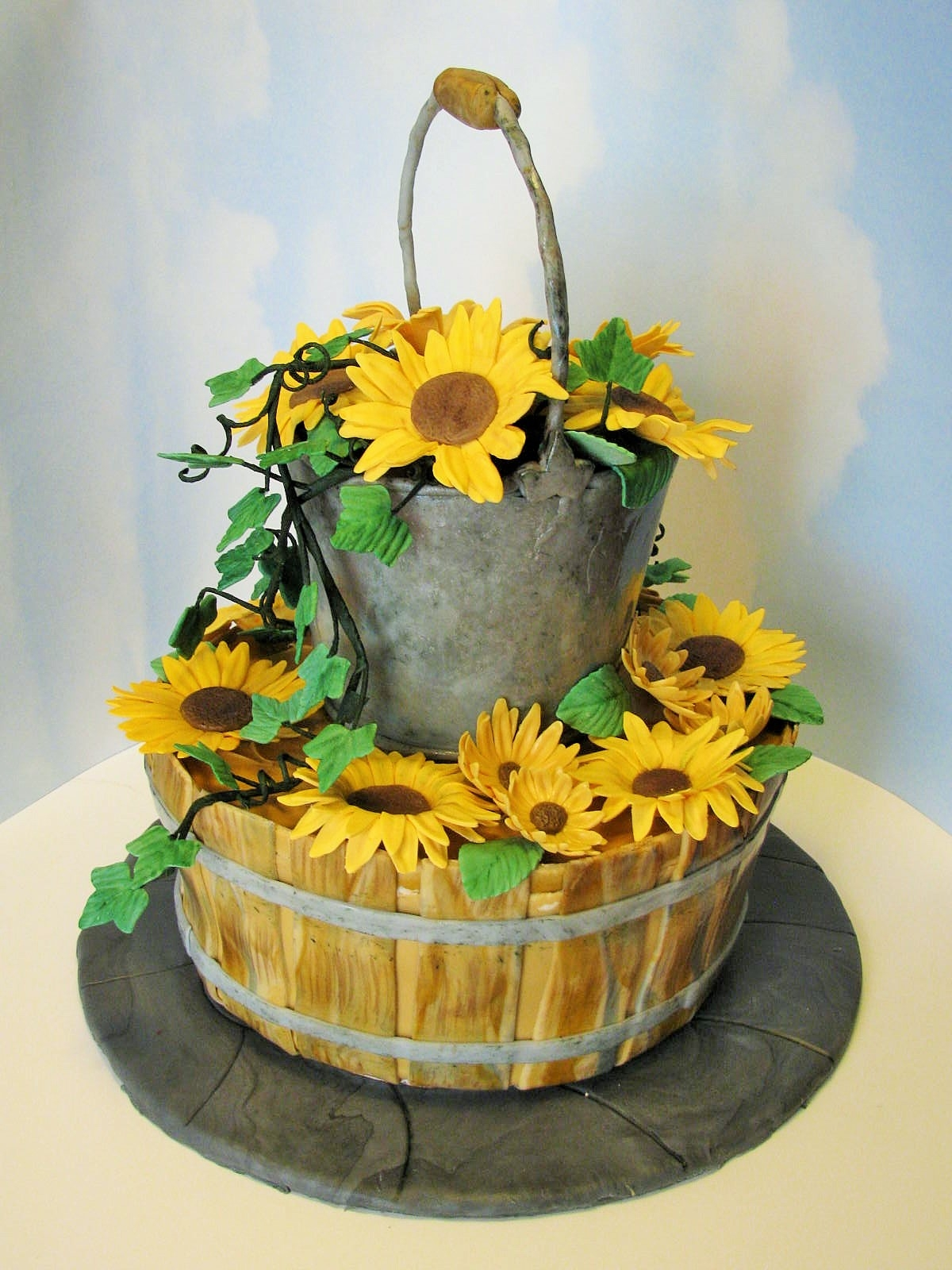 Country Wedding Cake Mm Fondant For Bucket And Basket Effects ...