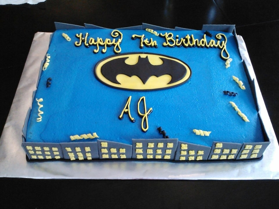 Simple Batman on Cake Central