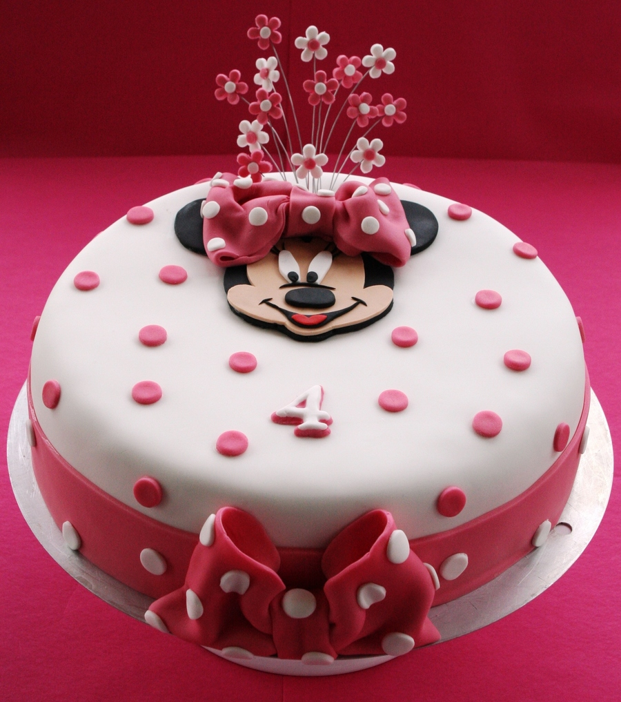 Minnie Mouse Photo Birthday Cake