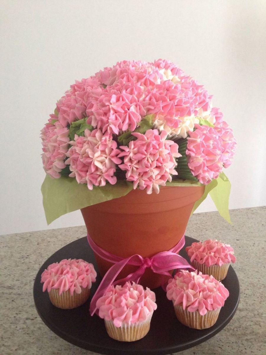 Hydrangea Cupcake Bouquet Cakecentral Com