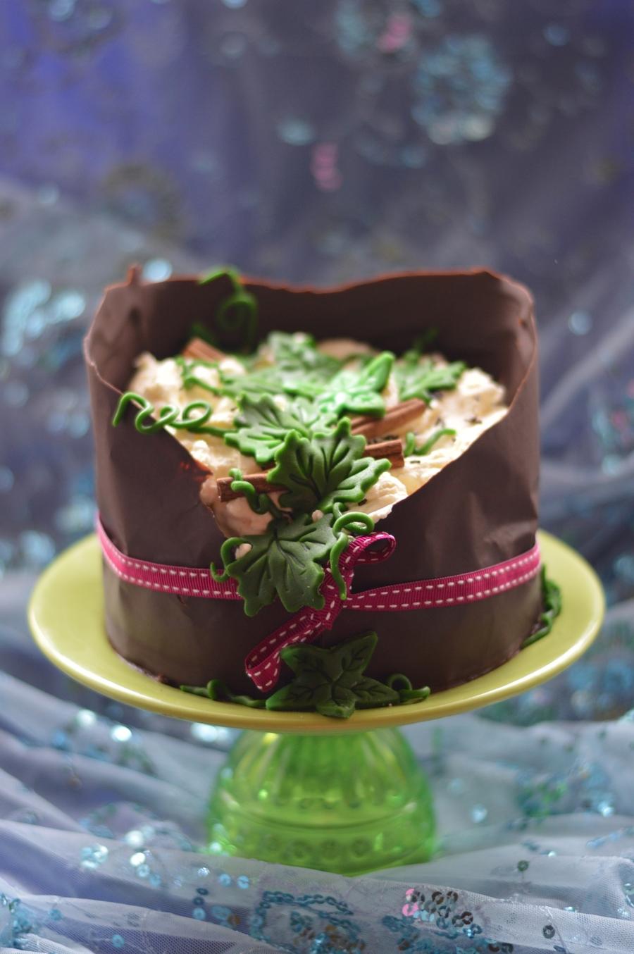 Cake Decorating Ivy Leaves : Ivy Cake - CakeCentral.com