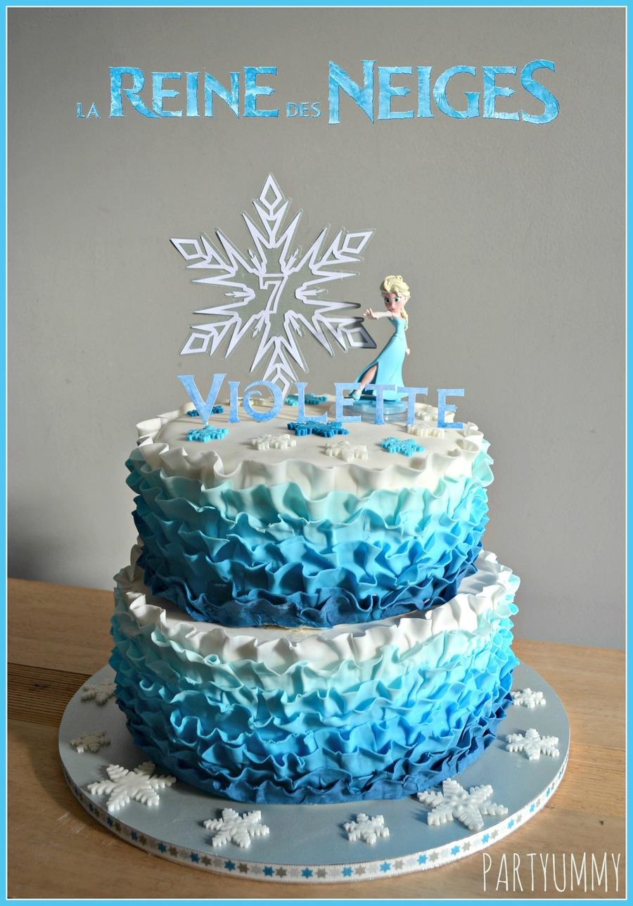 frozen elsa ruffle cake tuto available on httppartyummycomcms201409gateau elsa reine des neiges