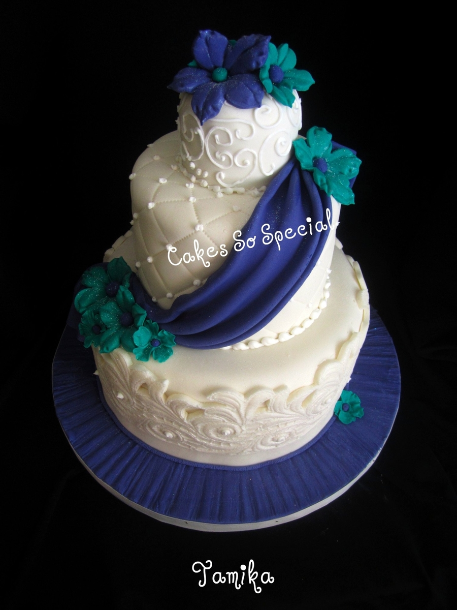 Royal Turquoise on Cake Central
