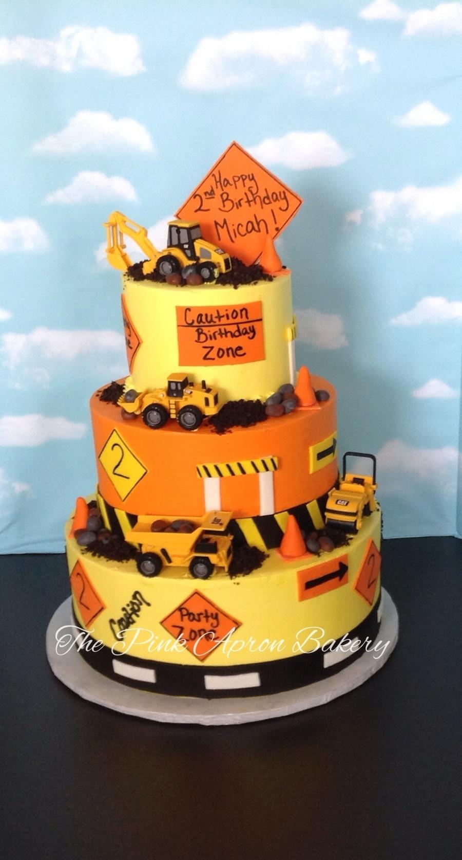 Construction Cake Buttercream With Fondant Details