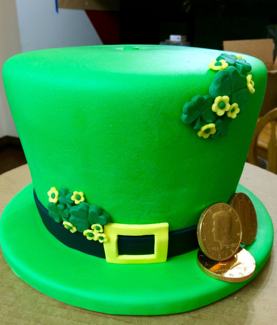St Patrick S Day Leprechaun Hat Cakecentral Com