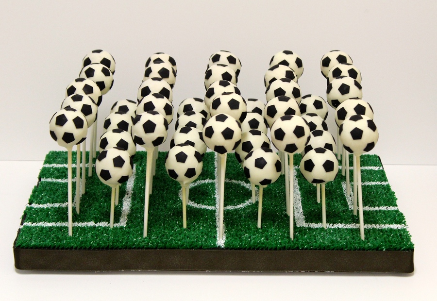 Football Cake Pops Tutorial
