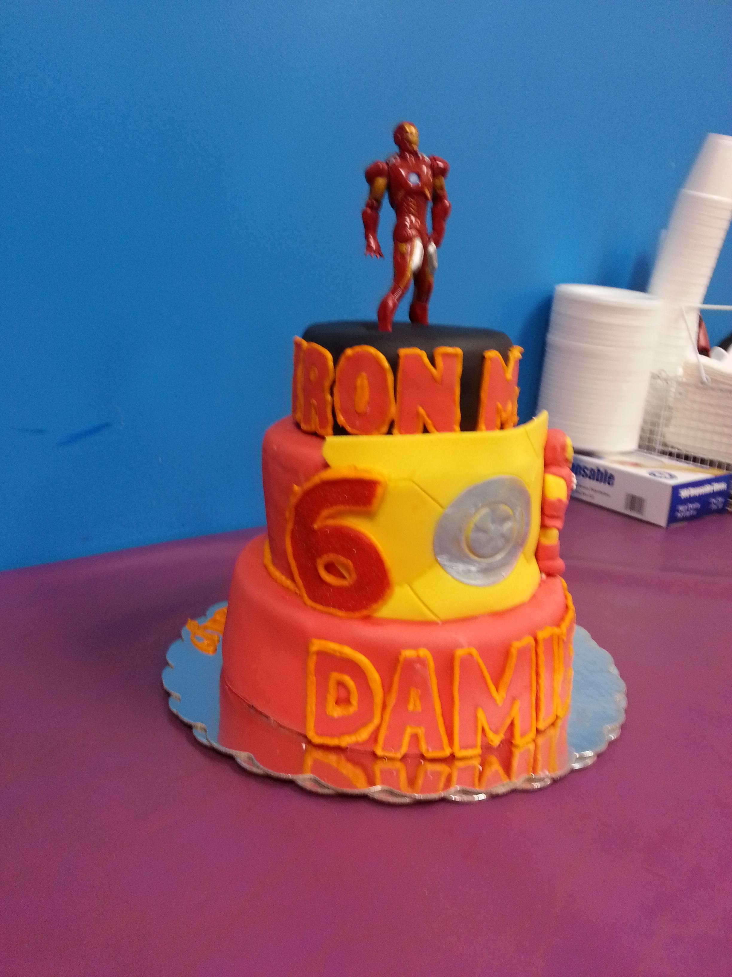 Iron Man Cake - CakeCentral.com