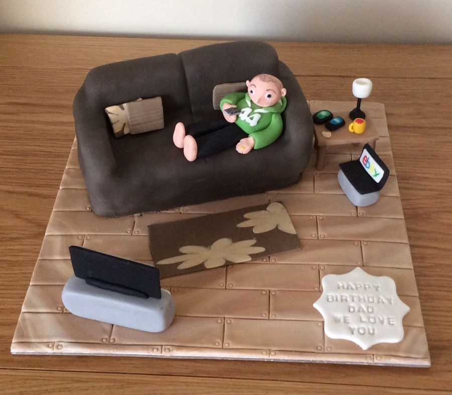 Settee Cake Selfie Cake For My Hubby Cakecentral Com