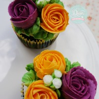 Butter Cream Flower Cupcake butter cream flower cupcake