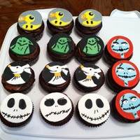 Nightmare Before Christmas Cupcakes Turtle cupcakes with fondant toppers