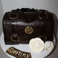 Michael Kors Purse Cake Vanilla bean with chocolate fondant