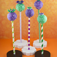 Key Lime Cake Pops Every season has its signature flavors. When summertime comes, one of my favorites is citrus. Lemonade, orange creamsicles and, of course,...