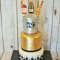 Black, Gold And White Black, Gold and White cake