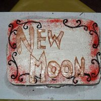 Twilight: New Moon Just a simple Twilight Sega: New Moon Cake I did for a movie night party.