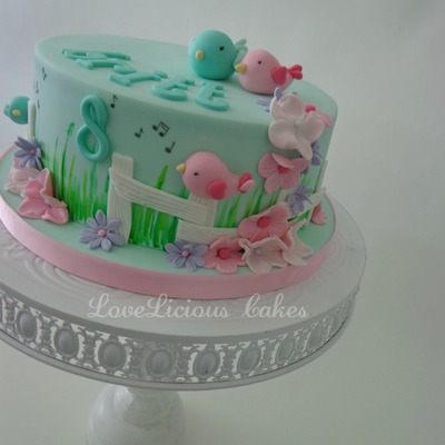 Sweet Little Bird Cake