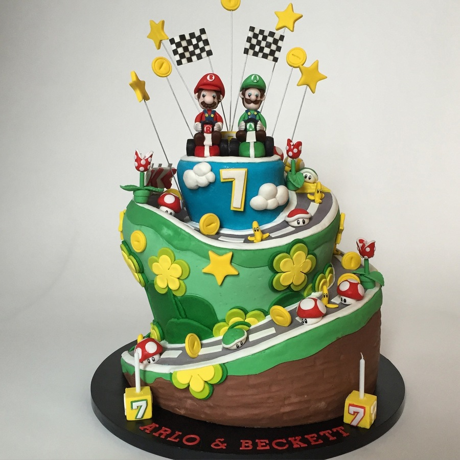 Mario kart cake pictures