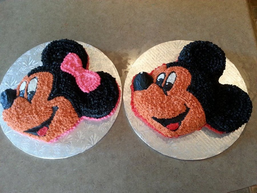 Minnie & Mickey Mouse Cake - CakeCentral.com