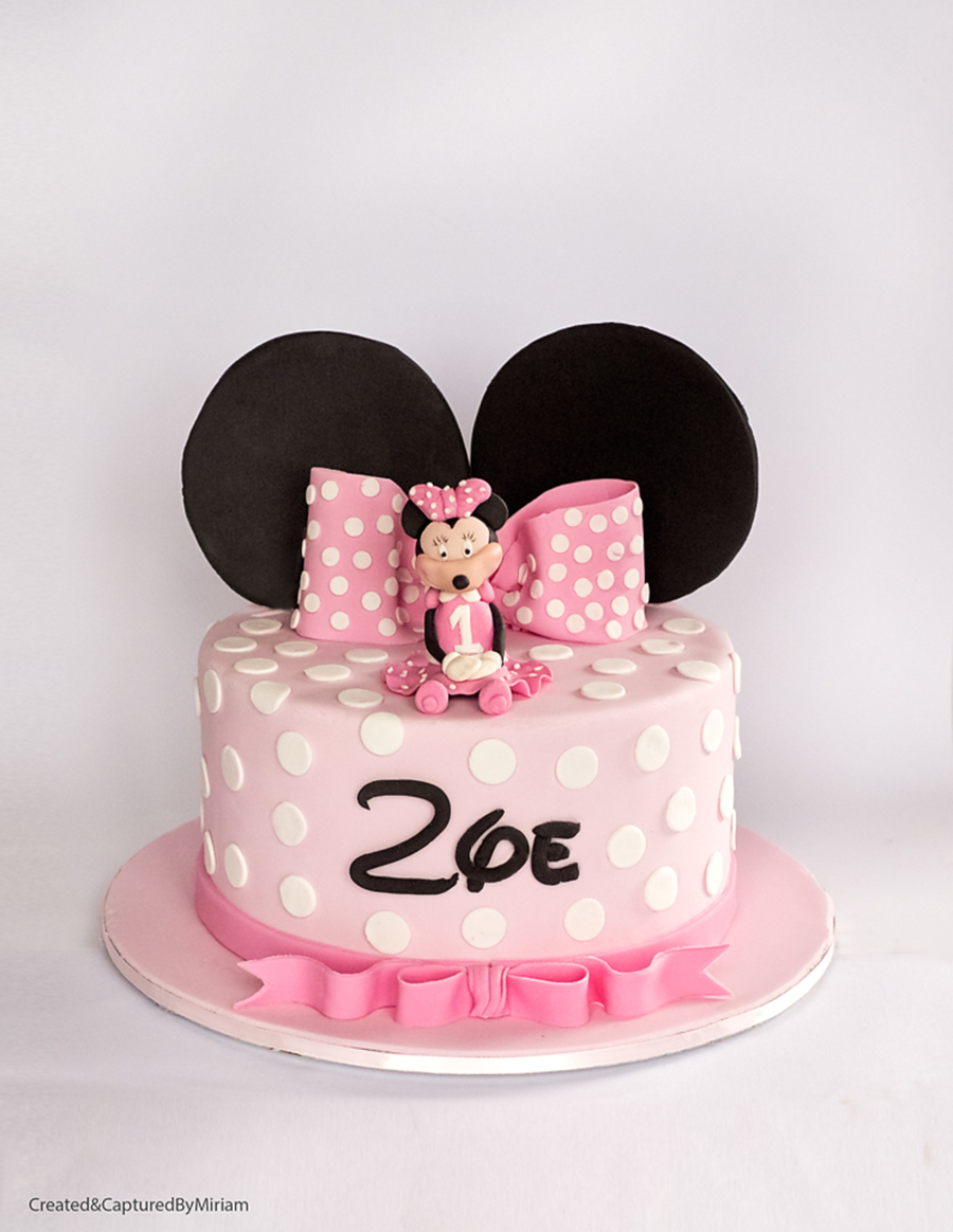 Zoes Minnie Mouse Cake Cakecentral
