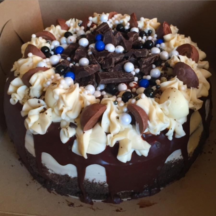 Tuxedo Truffle Cake Cakecentral Com