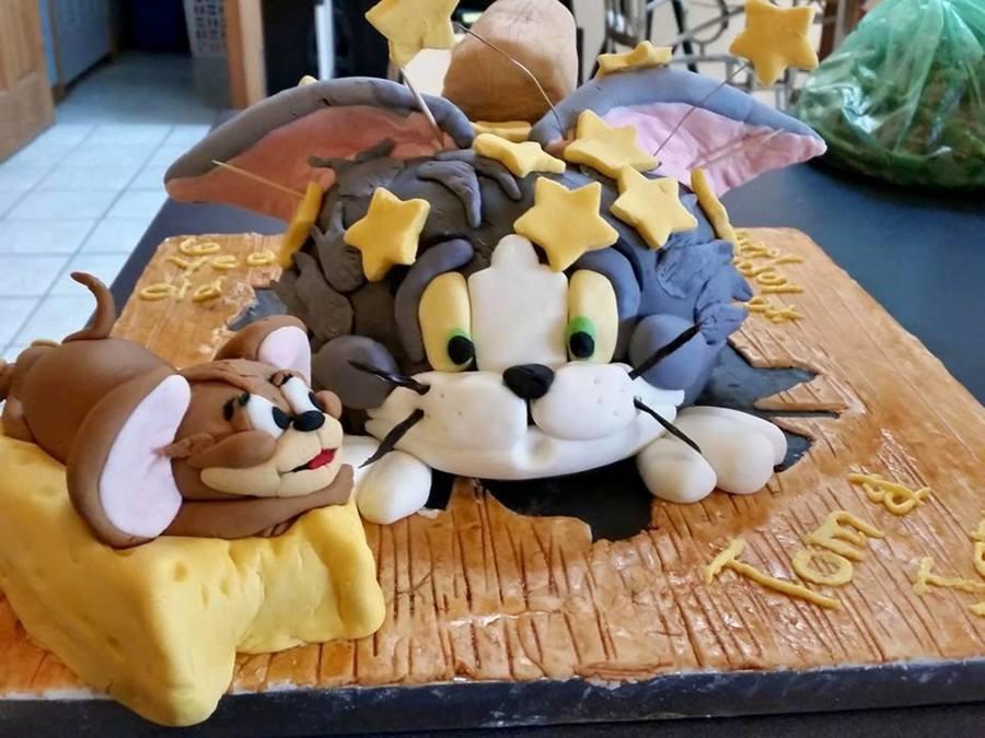 Tom & Jerry Birthday Cake - CakeCentral com