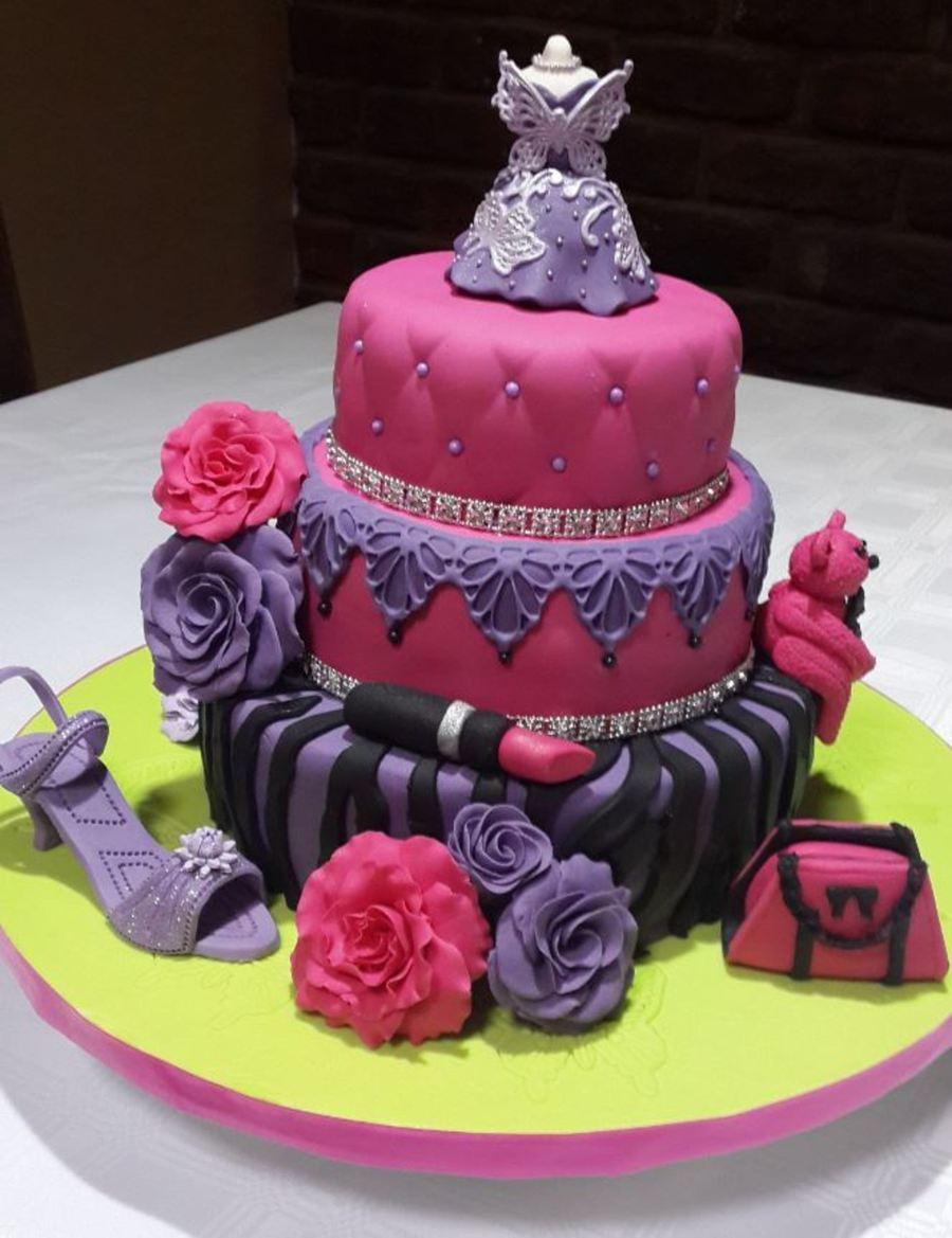Girly Cake Images : Girly Birthday Cake - CakeCentral.com