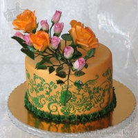 Orange Roses With Rosebuds   Romantic birthday cake decorated with orange roses and pink rosebuds