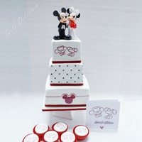 Wedding Cake Mickey&minni for this wedding cake the invitation was used as inspiration.The logo's on the cake are hand painted. for the children matching...