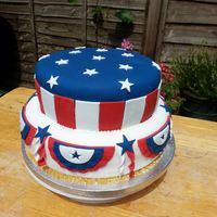 America Cake  A cake made for a farewell party for friends just about to move over to America - could also double as a 4th of July cake.The blue fondant...