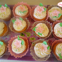 Green And Rose Cupcakes Green and rose cupcakes