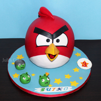 Red Angry Bird Cake double chocolate cake with the white chocolatte buttercream + bananas