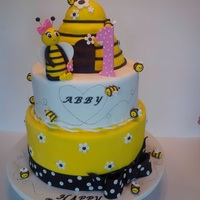 Bumble Bee Cake Bumble bee theme cake for a girl 1st birthday
