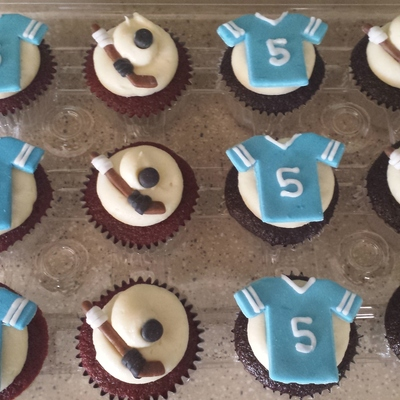 Hockey Themed Cupcakes