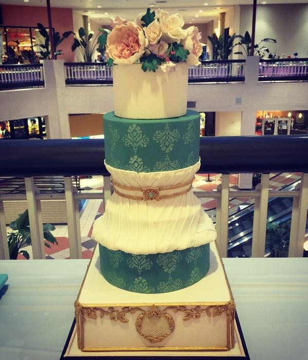 Gumpaste flower Cake Decorating Photos