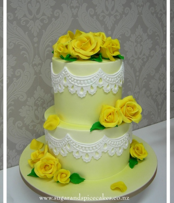 Sunshine & Lace Wedding Cake
