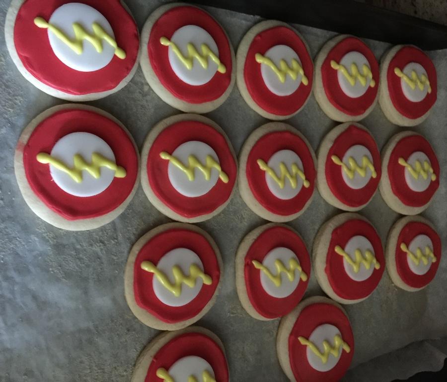 The Flash Cookies Superhero Cookies Cakecentral Com