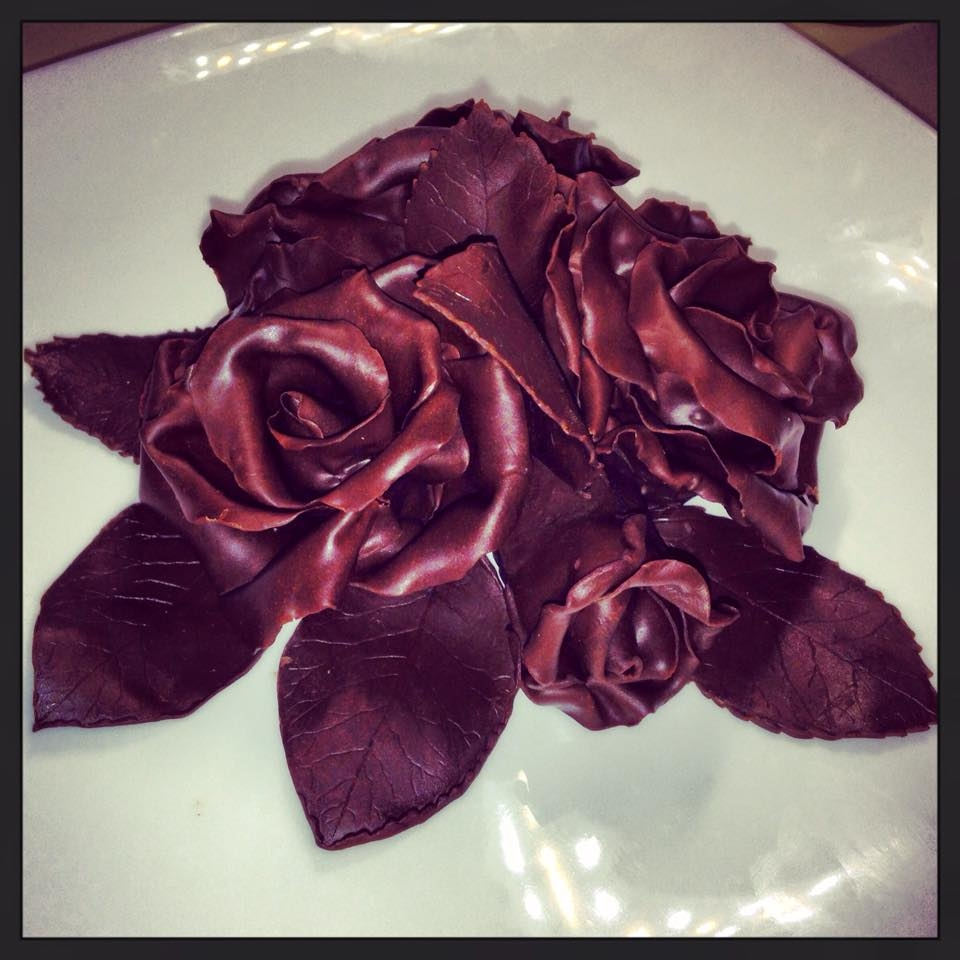 Chocolate Wrapped Cake With Modelling Chocolate Roses ...